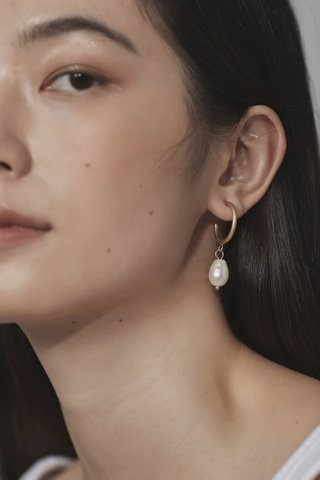 Irma Pearl Earrings