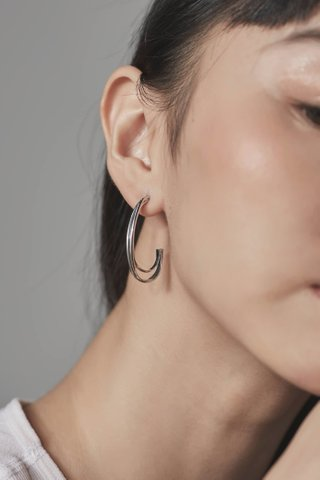 Irey Curve Earrings