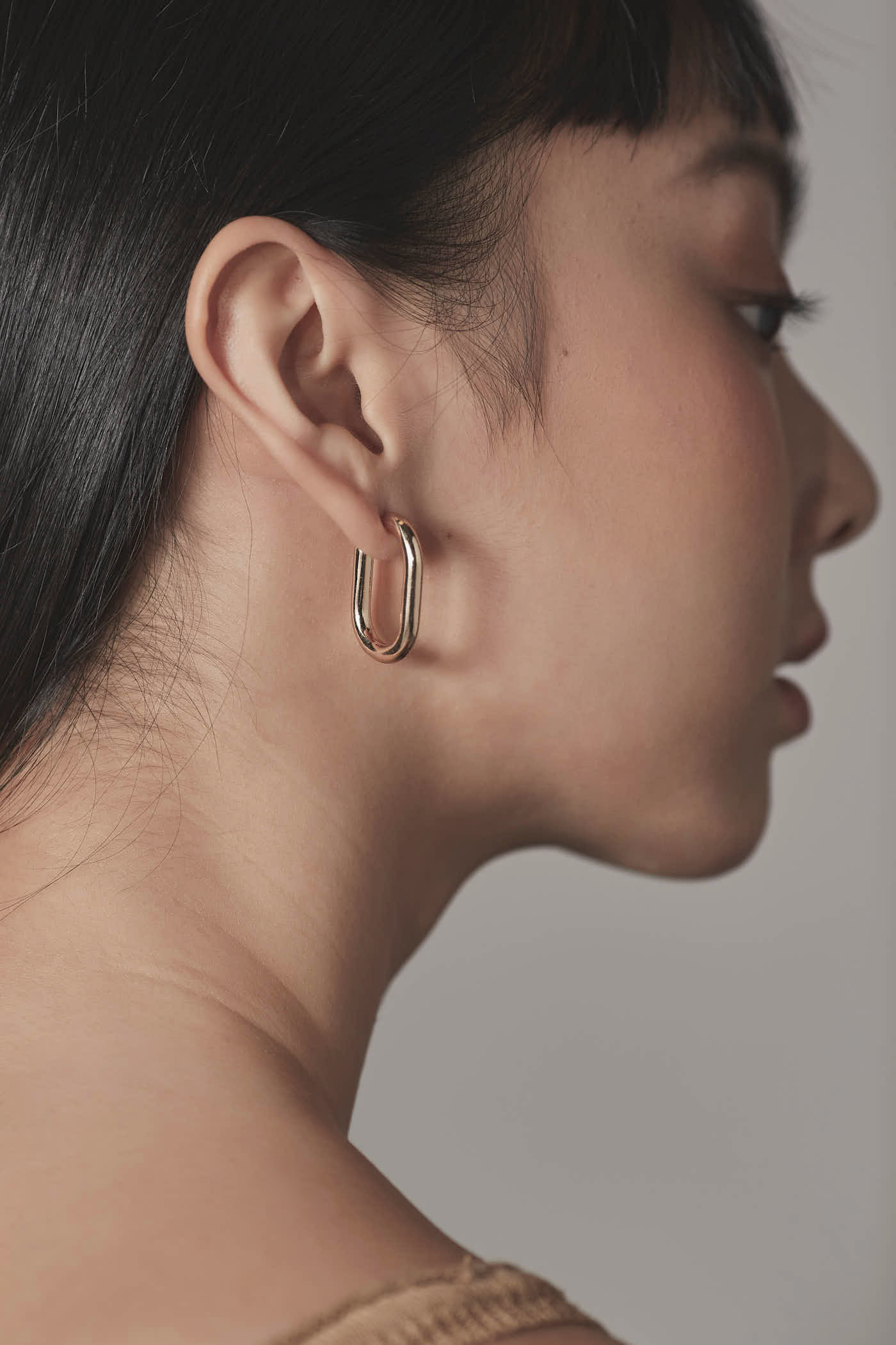 Tevia Hoop Earrings