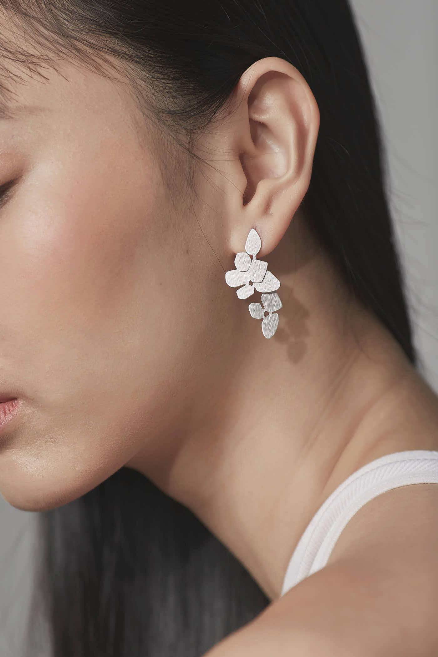 Gwen Earrings