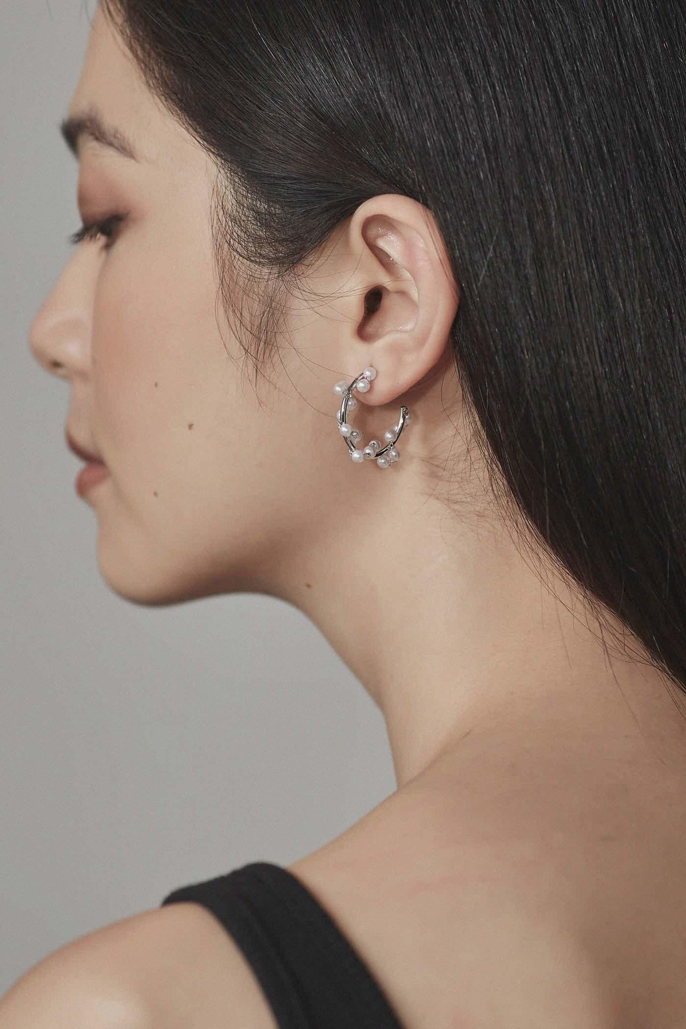 Manya Hoop Earrings