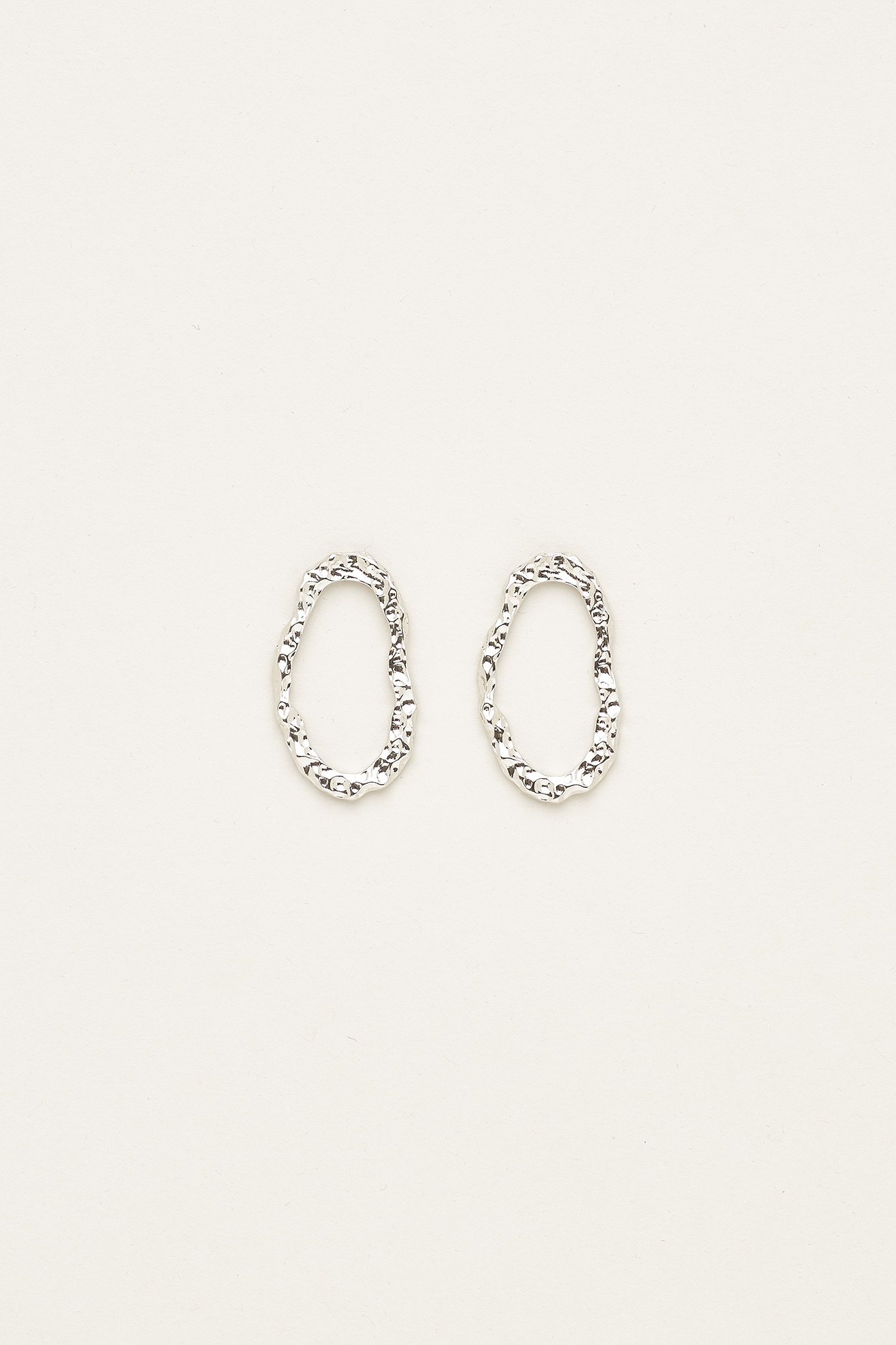 Halley Oval Textured Earrings