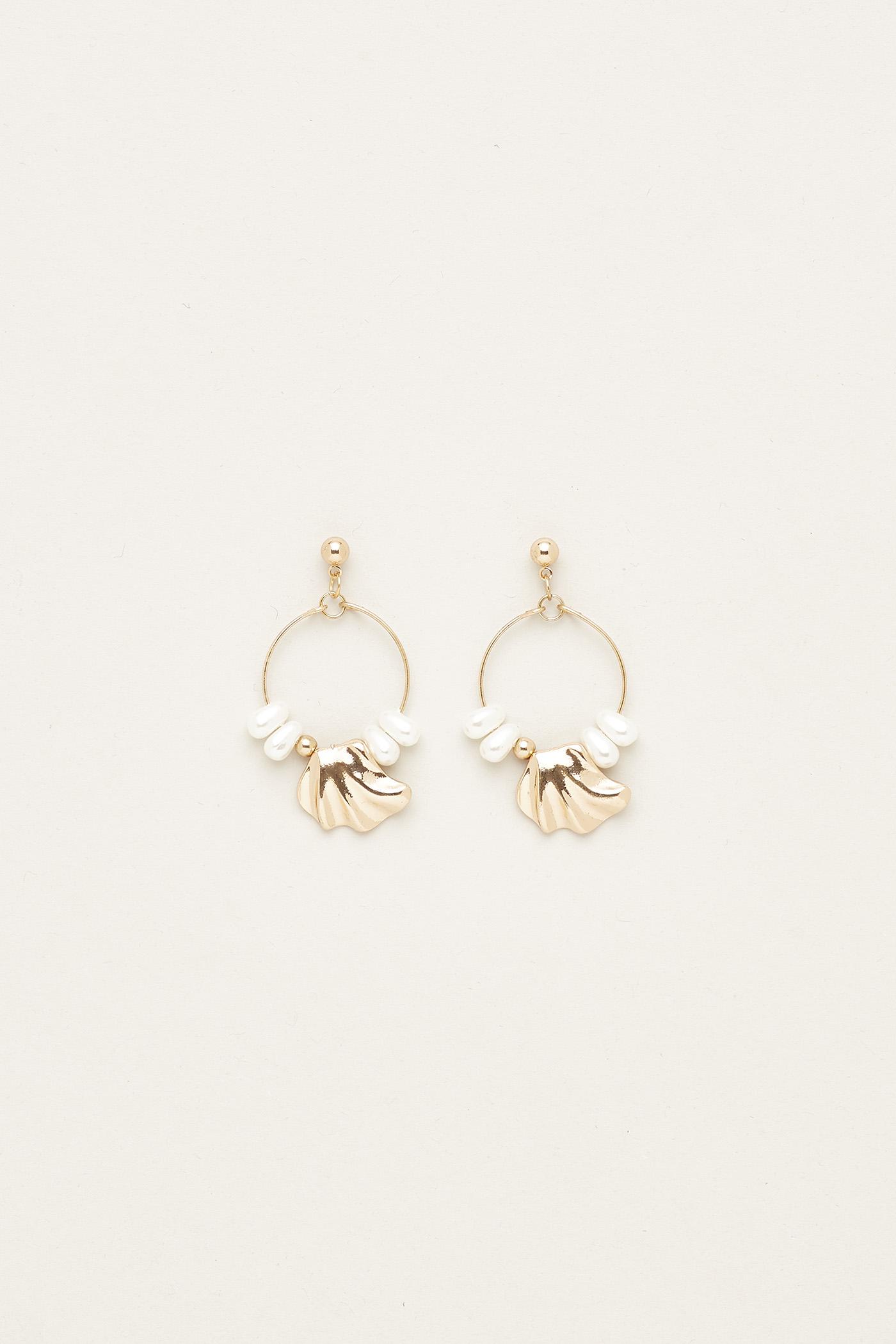 Teralyn Pearl Earrings