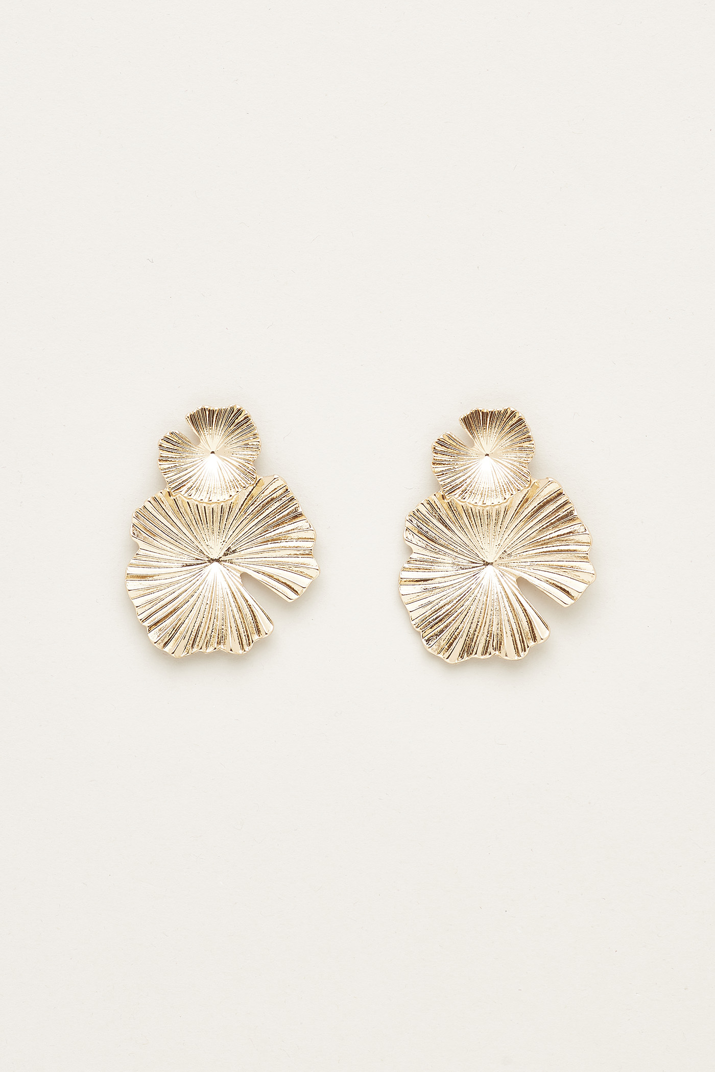 Hebe Textured Earrings