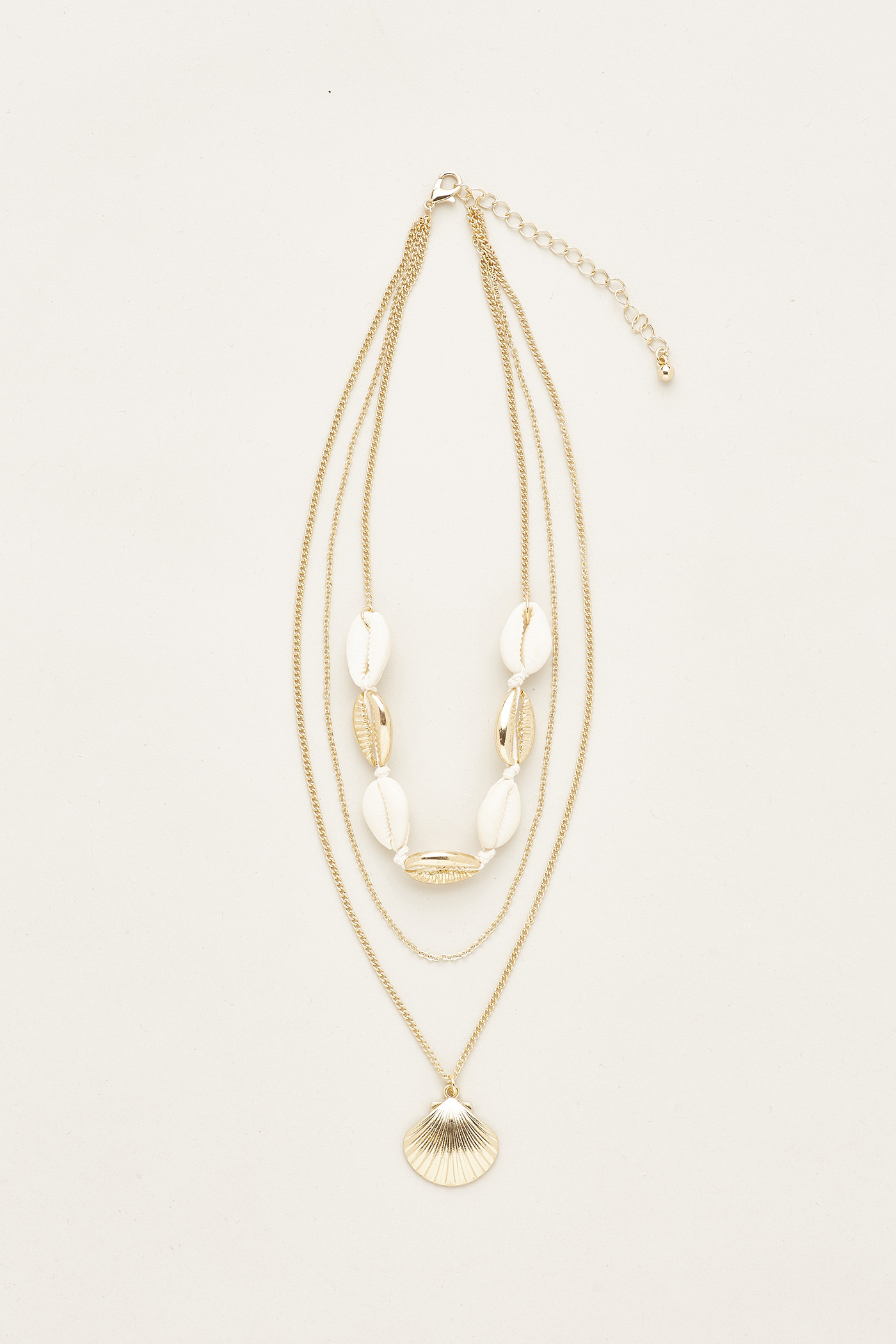 Ceirra Shell Layered Necklace