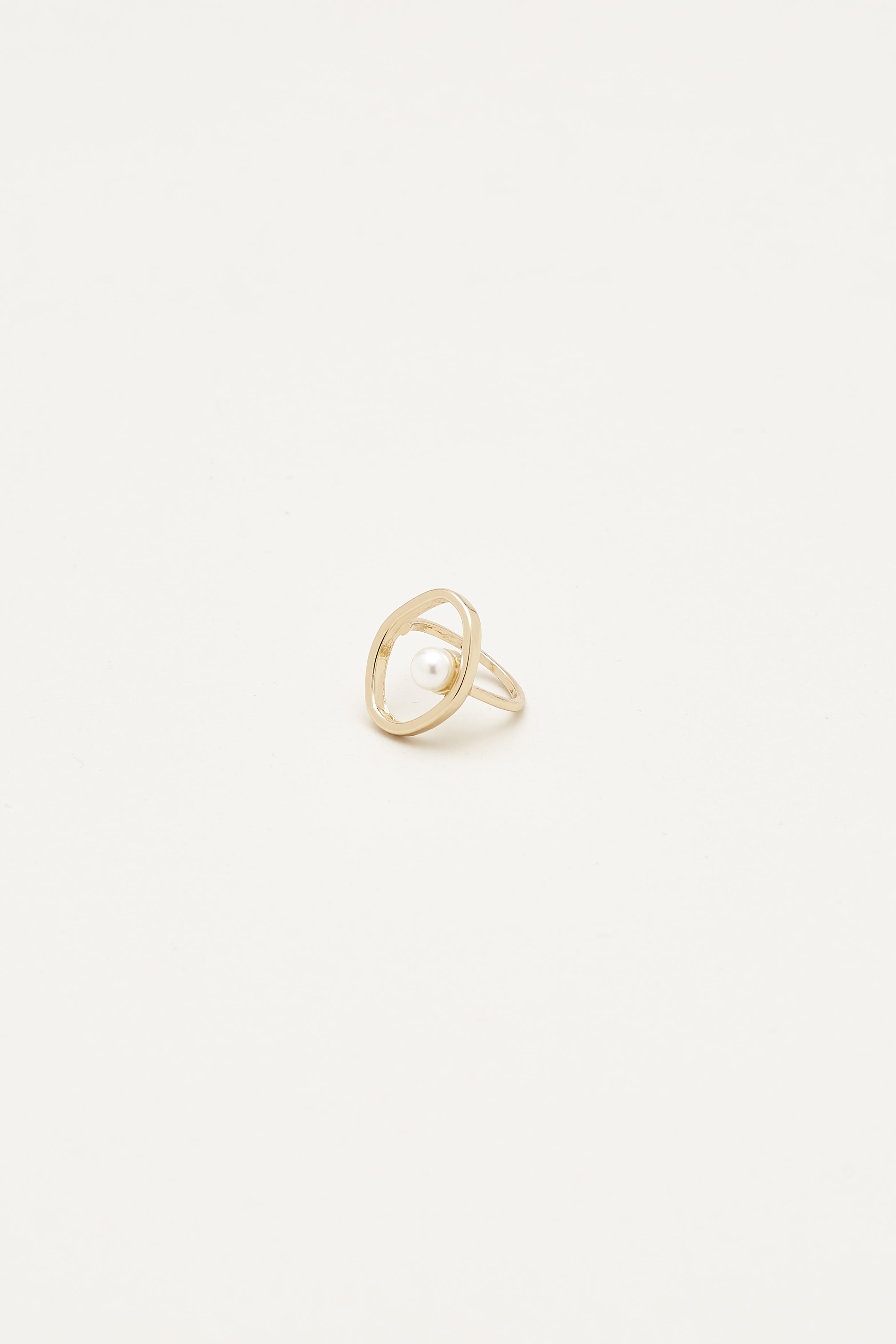 Zaynah Pearl Ring