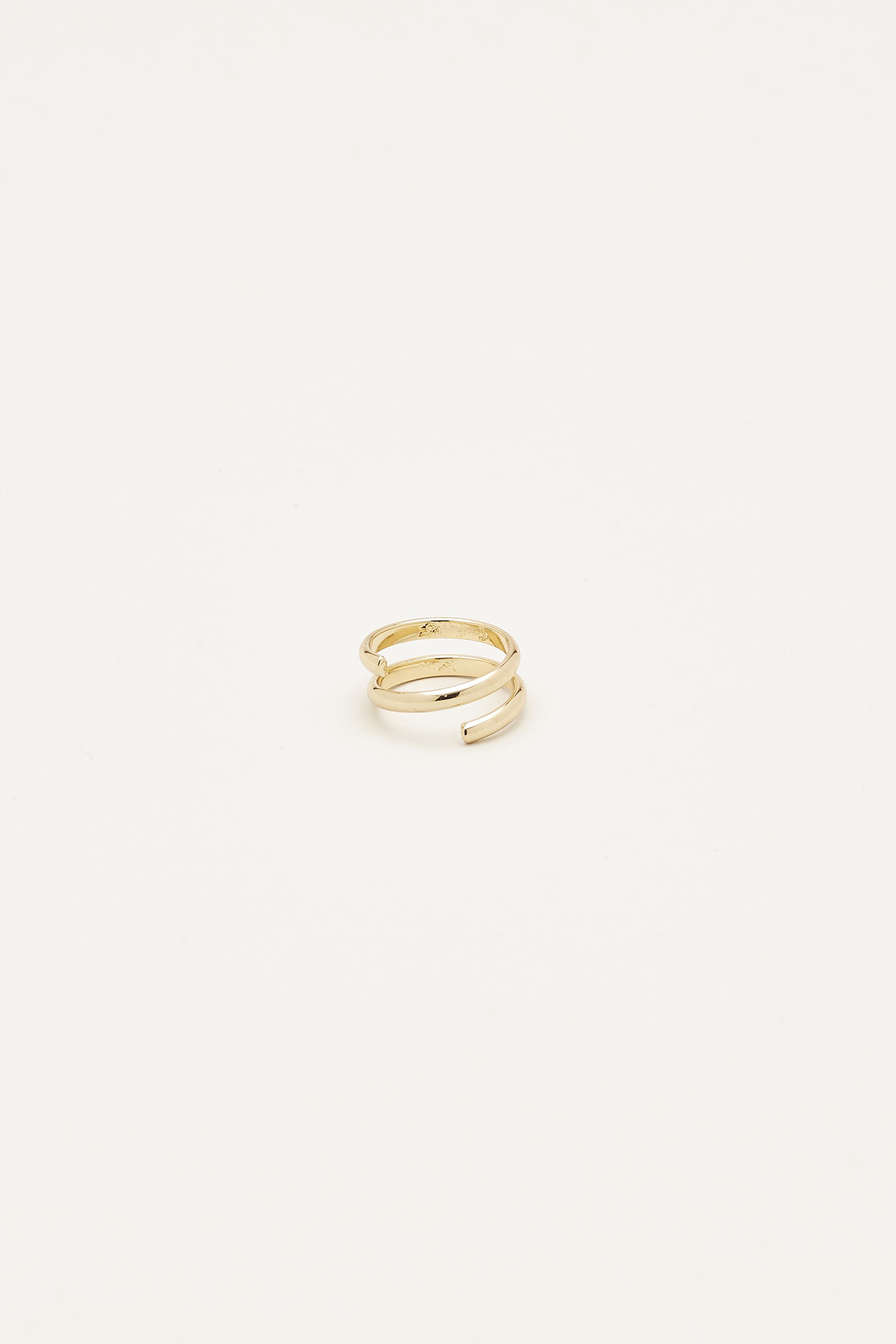 Anelida Twist Ring