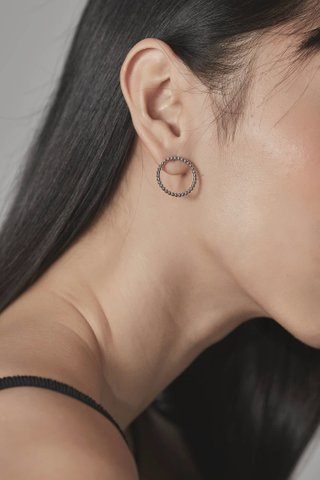Steffi Round Earrings