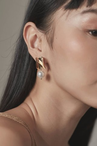 Levona Earrings