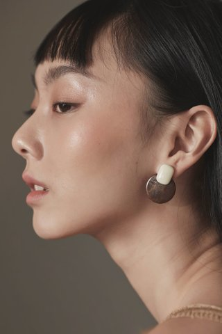 Aani Drop Earrings