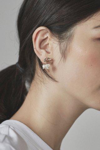 Selia Drop Earrings