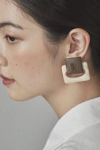 Eito Drop Earrings