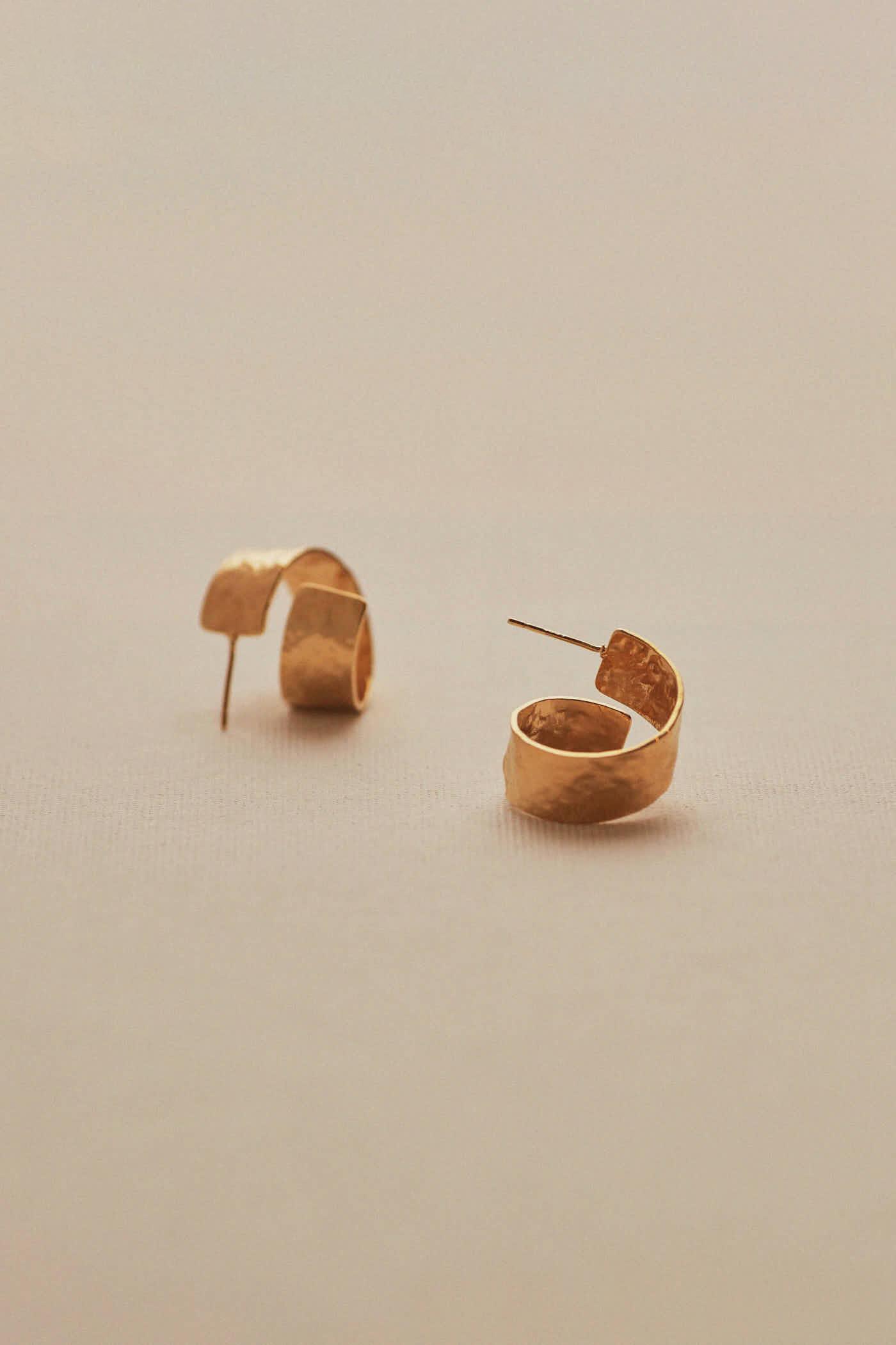Saeran Twist Earring
