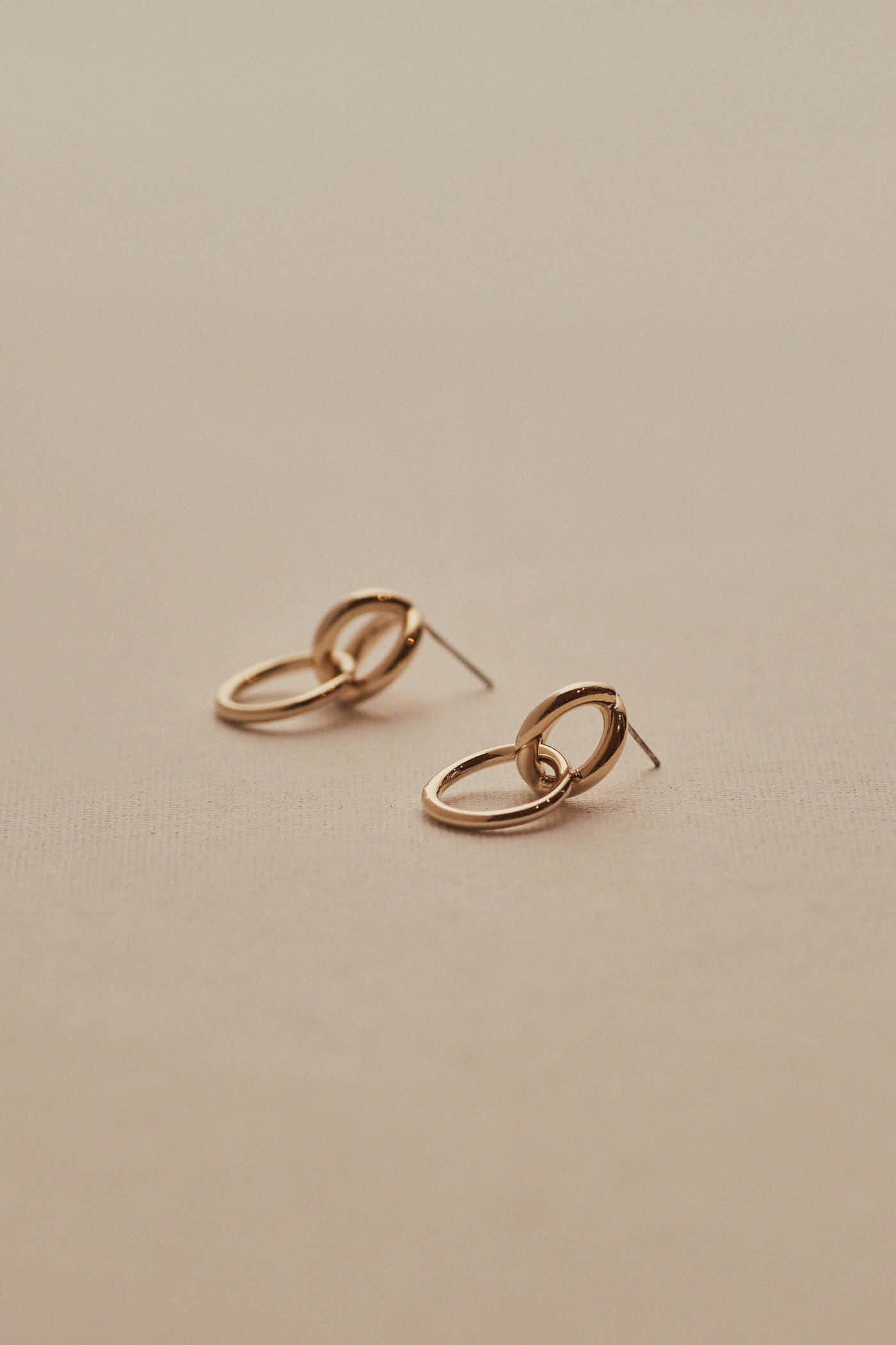 Amberlin Earrings