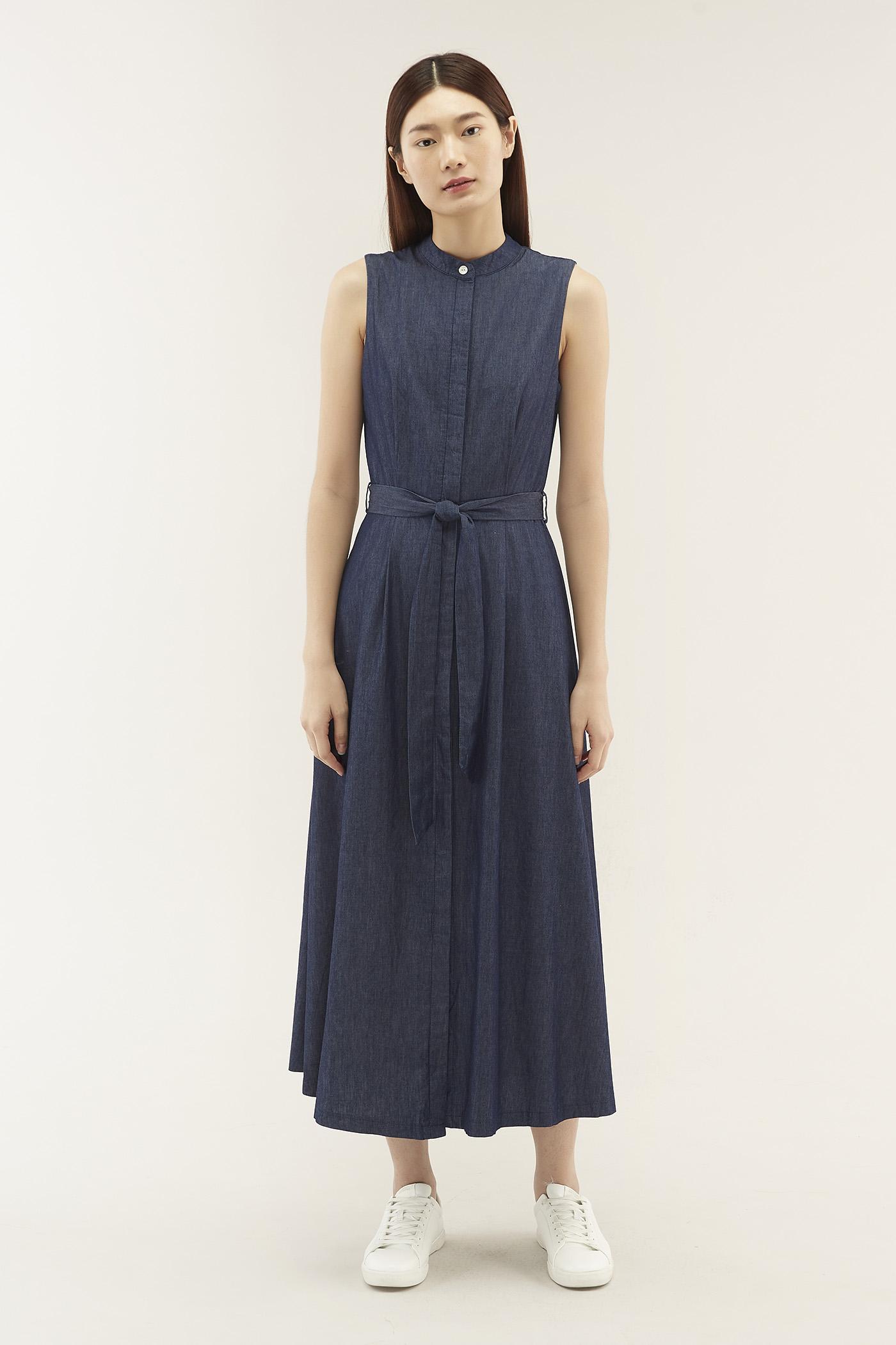 Liesha Stand-collar Dress