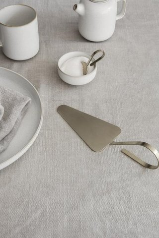 Ferm Living Fein Cake Server