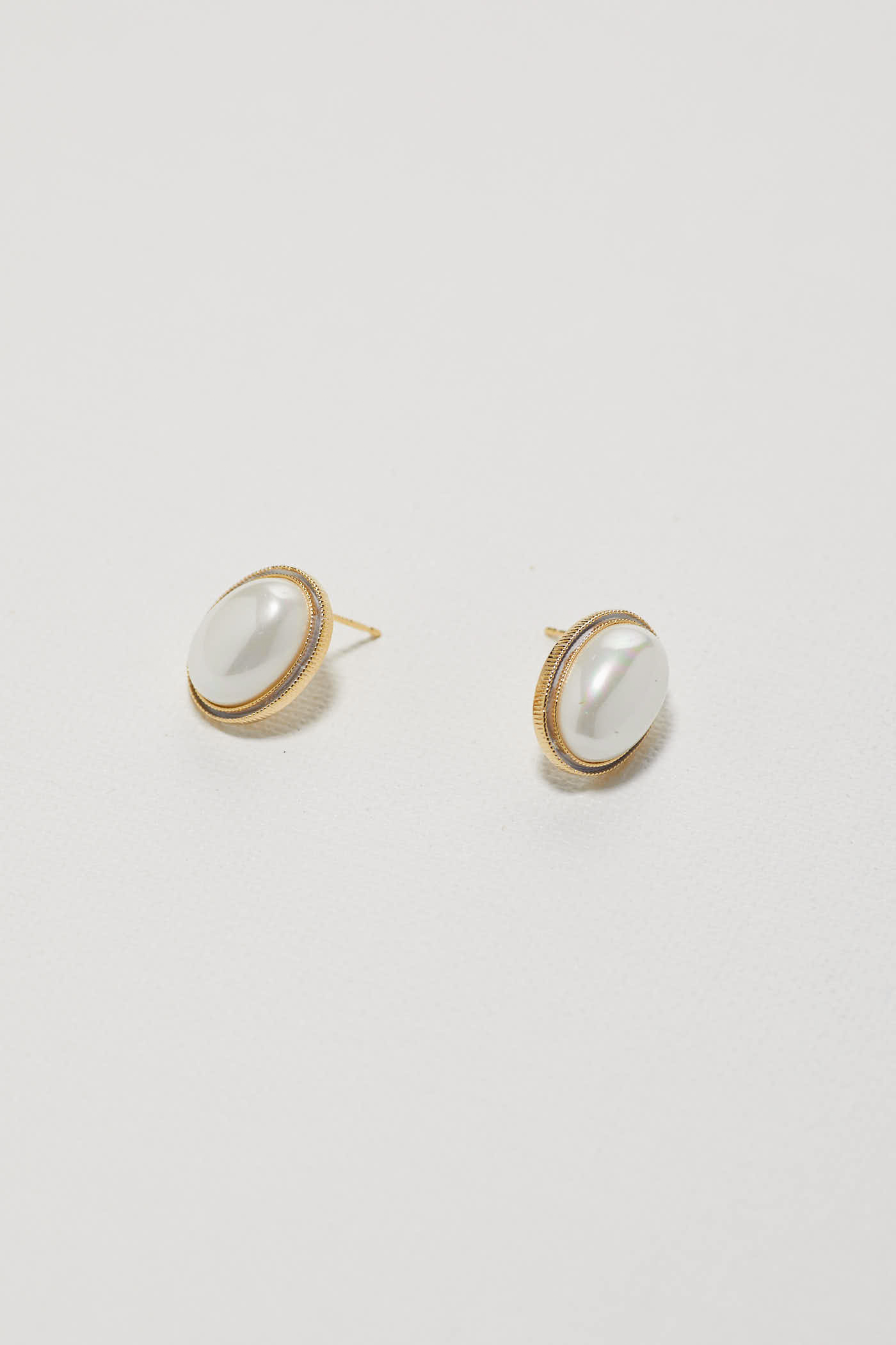 Relyn Ear Studs
