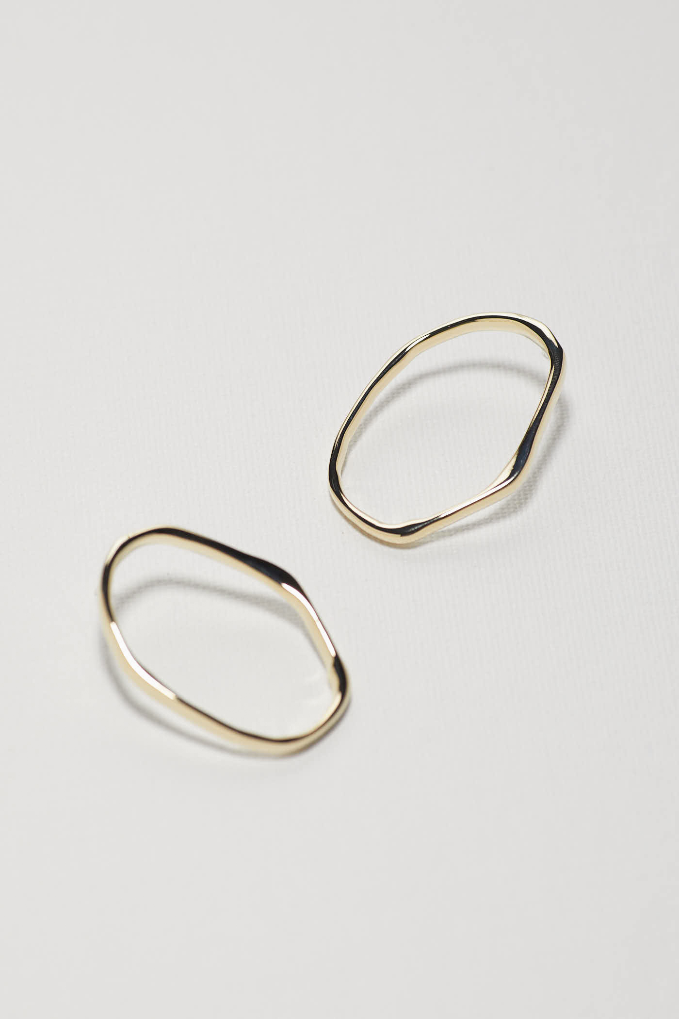 Stela Hoop Earrings