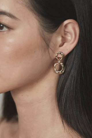 Dallas Drop Earrings