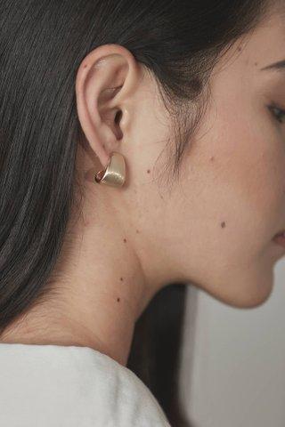 Maeve Curve Ear Studs