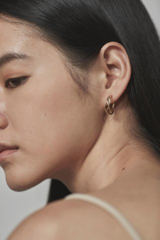 Ryro Hoop Earrings