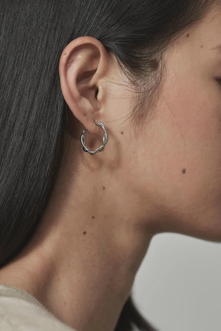 Prela Hoop Earrings