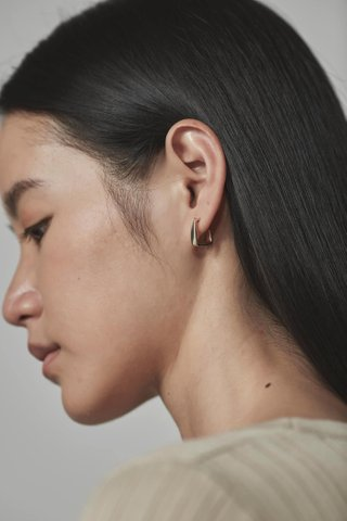 Cala Hoop Earrings