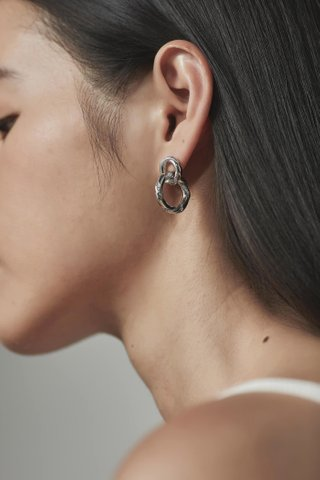 Elian Earrings