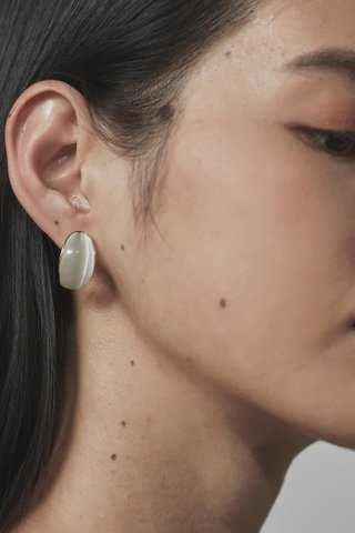 Beatrice Ear Studs