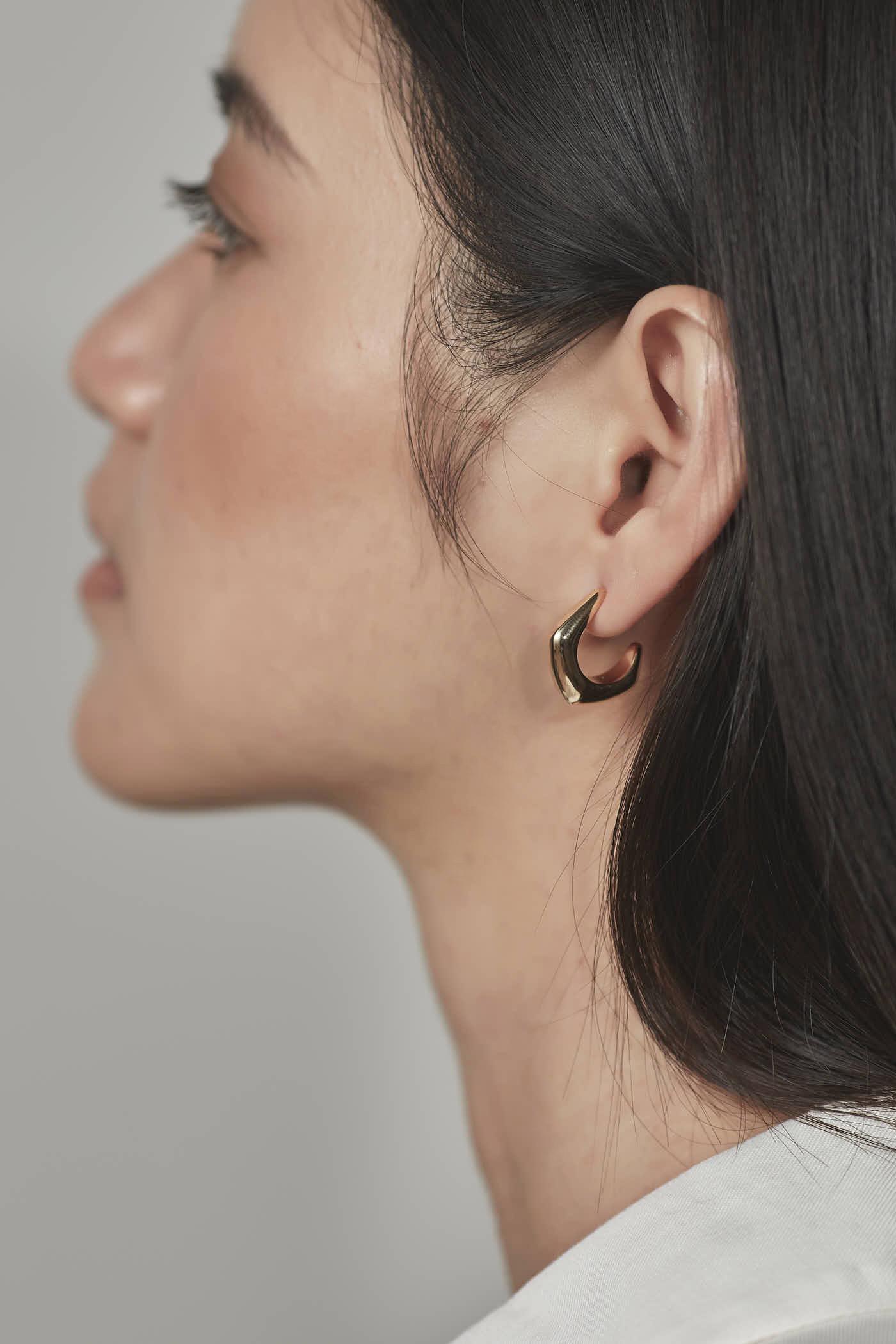 Polly Curve Earrings