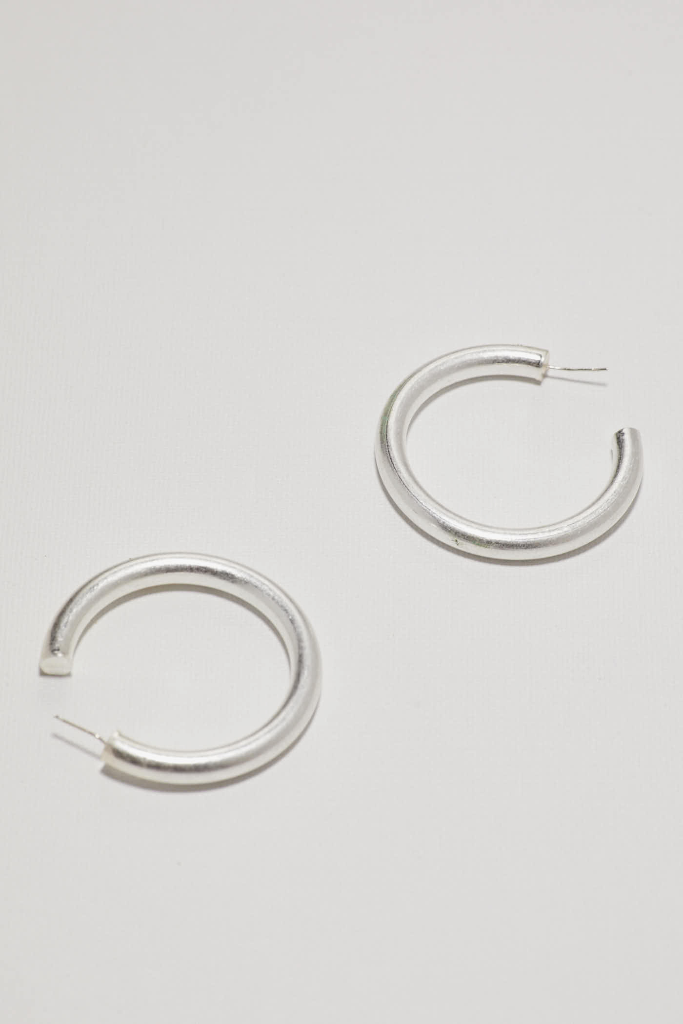 Uri Hoop Earrings