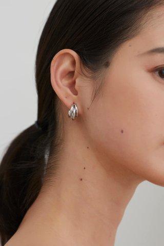 Leanne Hoop Earrings
