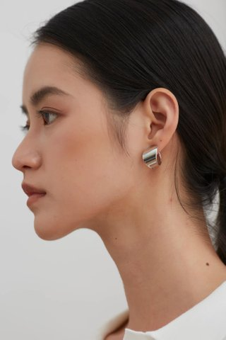 Cleva Earrings