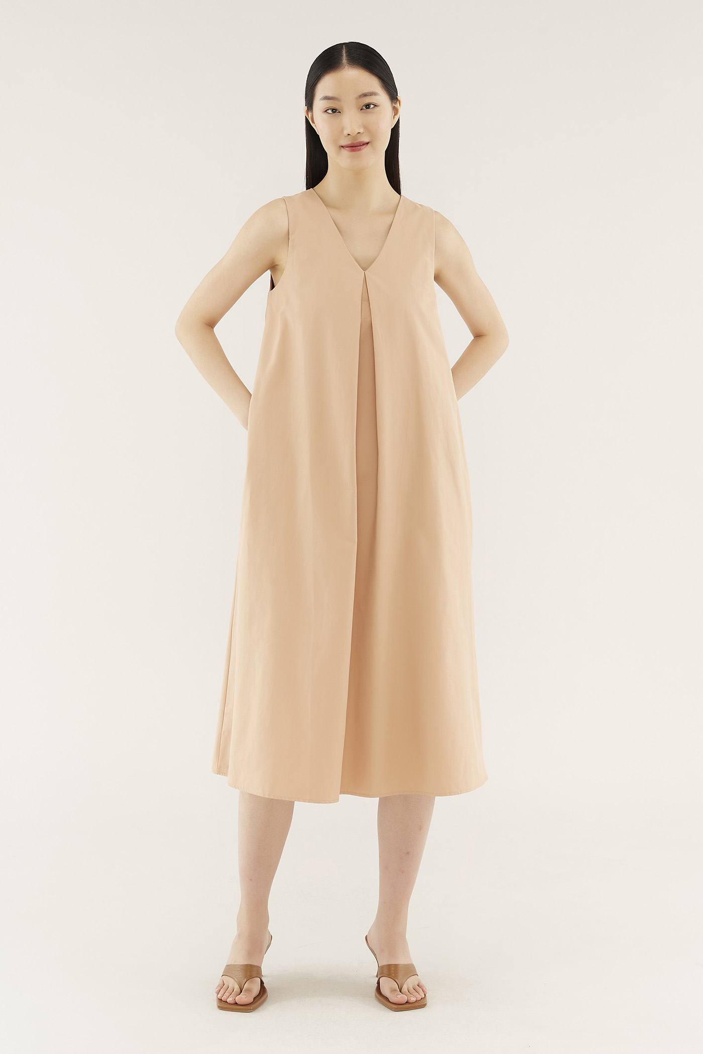 Hanah Box-pleat Dress