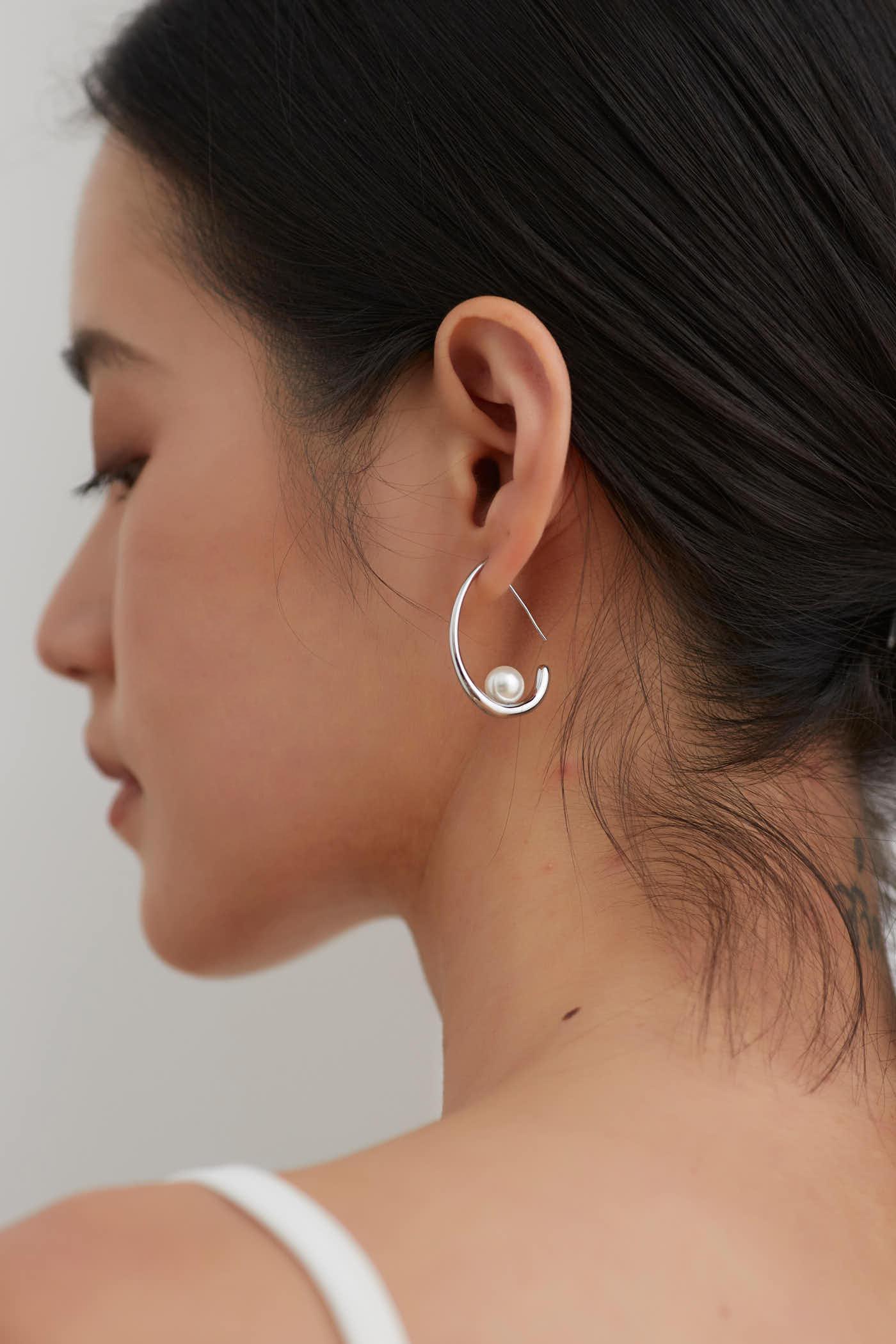 Naeva Earrings