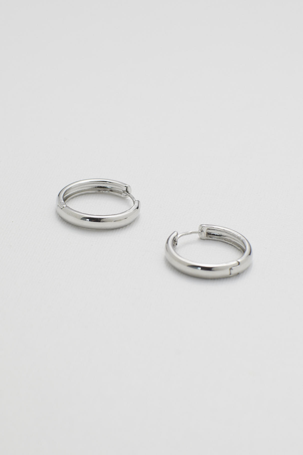 Delu Hoop Earrings