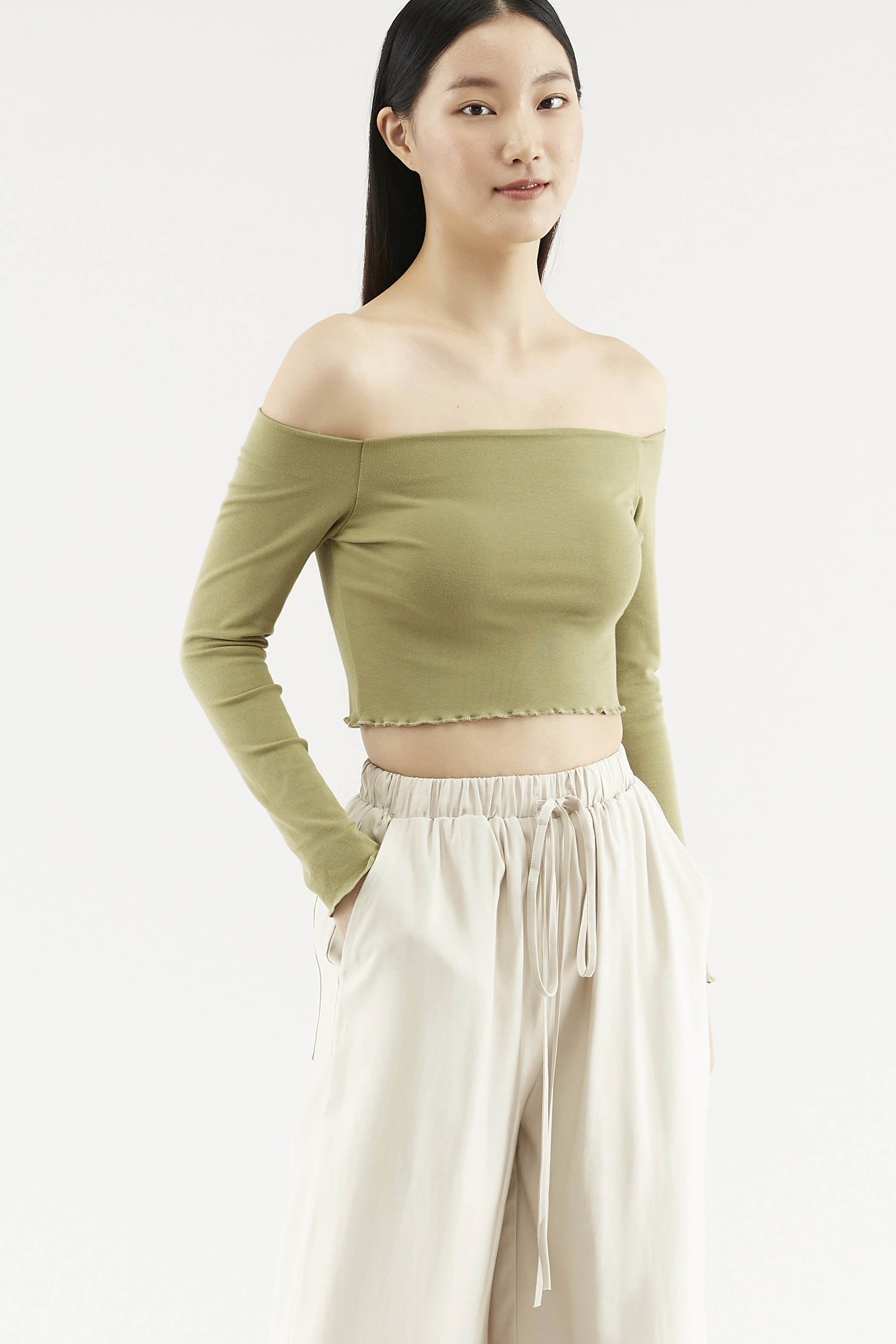 Lavelle Off-shoulder Top
