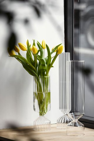 Ichendorf Bouquet Optic Vase