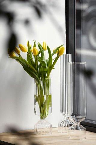 Ichendorf Bouquet Optic Vase