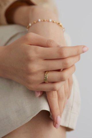 Leena Ring