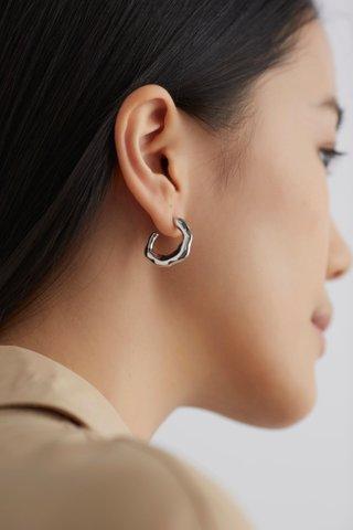 Kanne Earrings