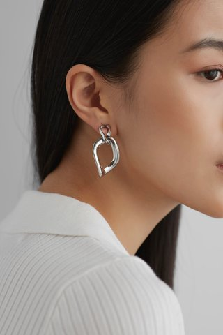 Gianna Drop Earrings