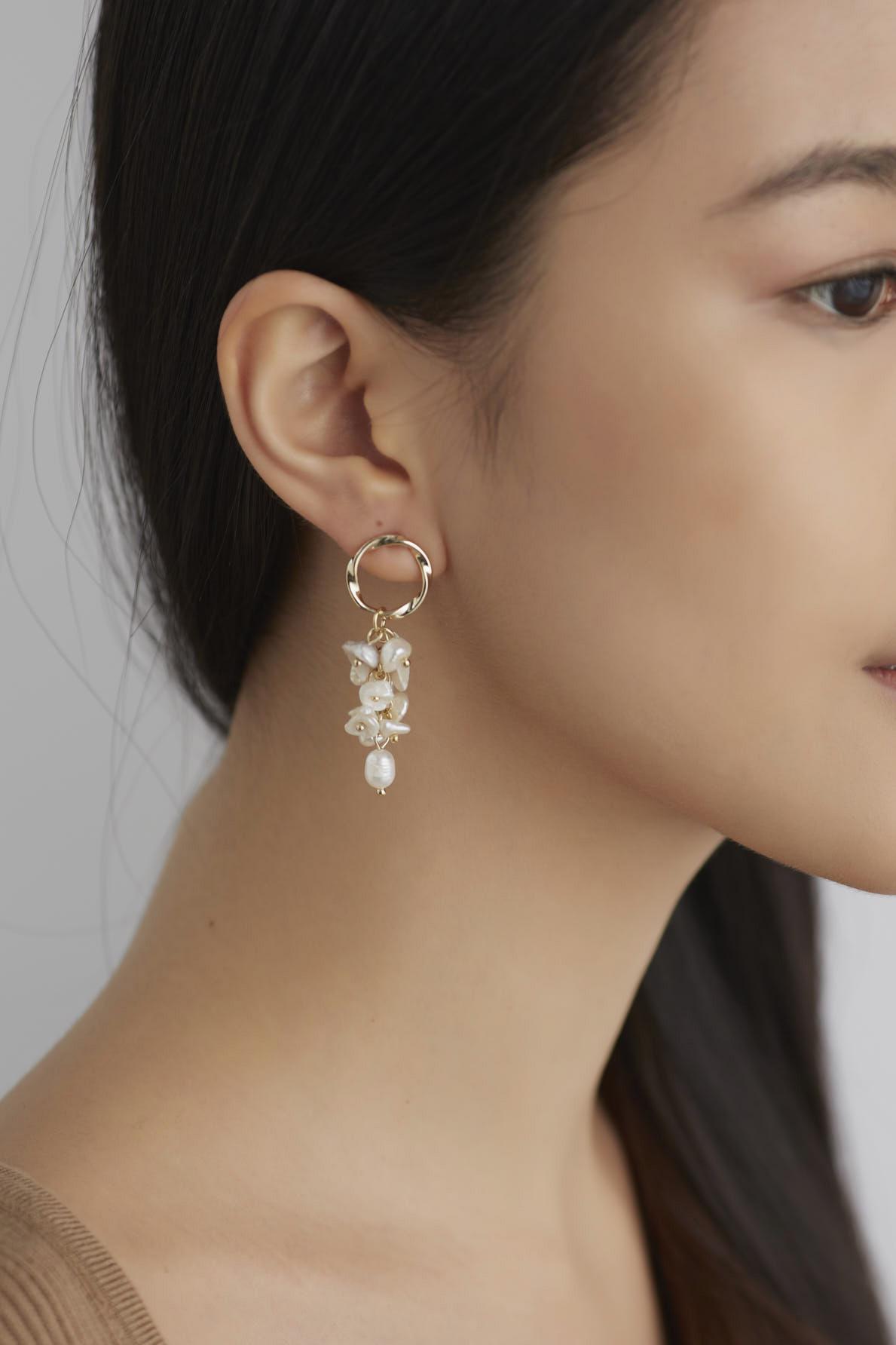 Layna Drop Earrings