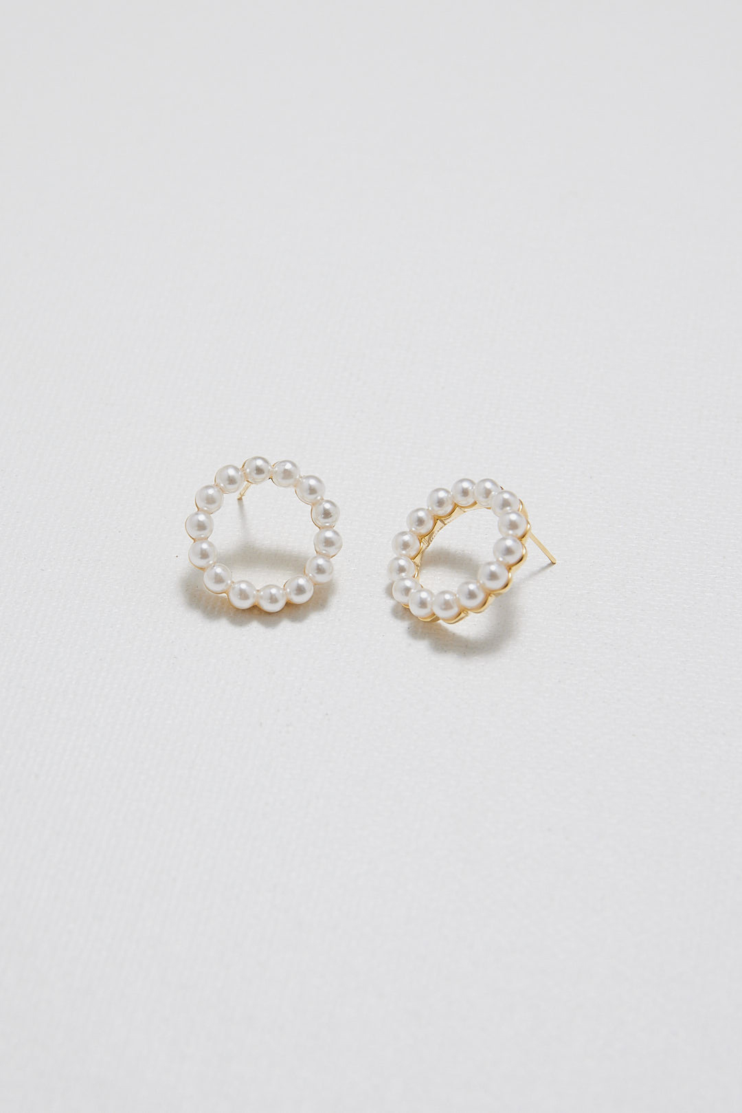 Darcie Pearl Earrings