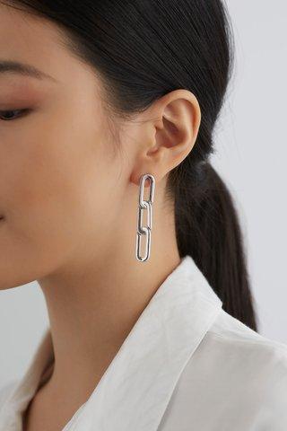 Carlie Chain Earrings