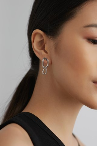 Nailah Drop Earrings