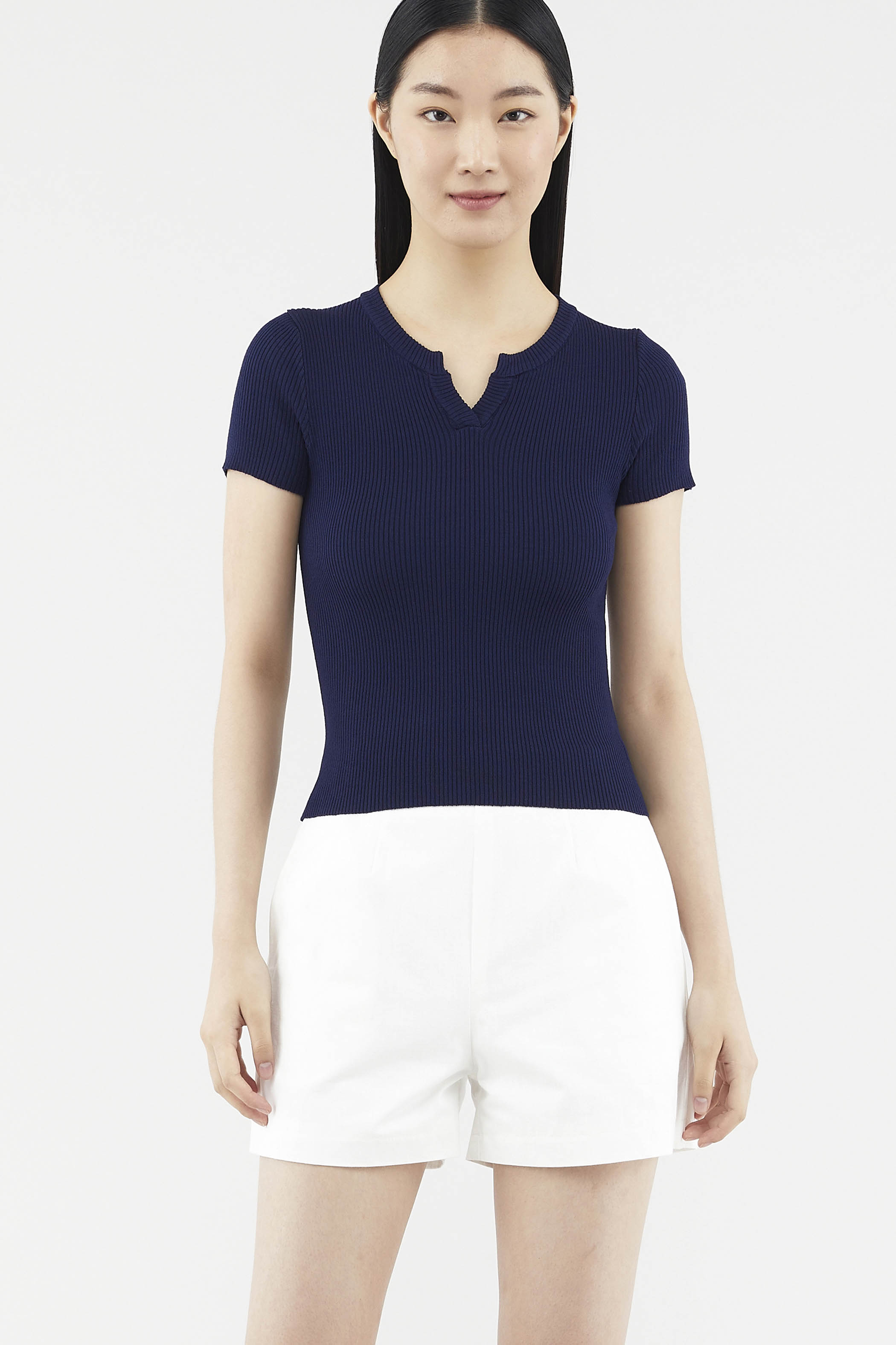 Daven Notch-neck Tee