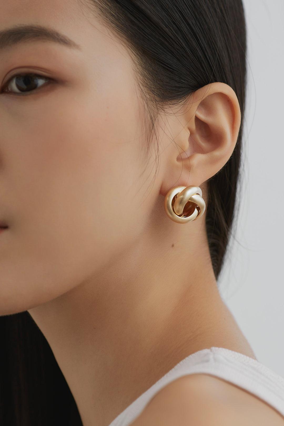 Sasha Ear Studs