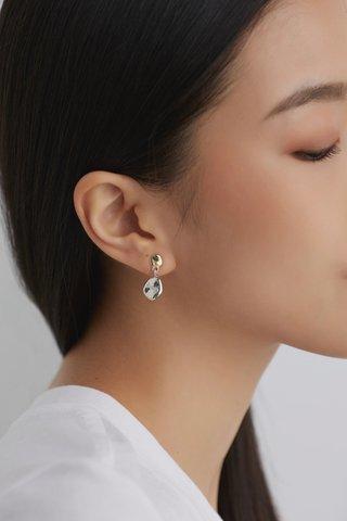 Davine Drop Earrings